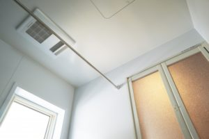 浴室換気乾燥暖房機の画像