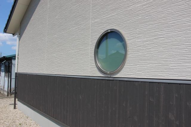 サイディング張りの外壁